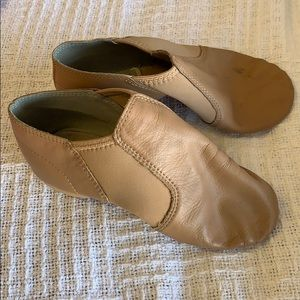 Other - Tan jazz shoes